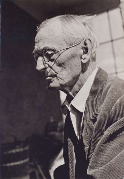 Hermann Hesse (b/w photo)