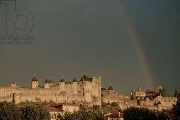 Rainbow over Château Comtal, Carcassonne, France (photo)