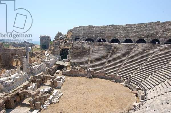 Roman amphitheatre, Side, Turkey (photo)