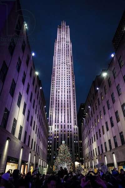 Rockefeller Center at Christmas, New York City (photo)