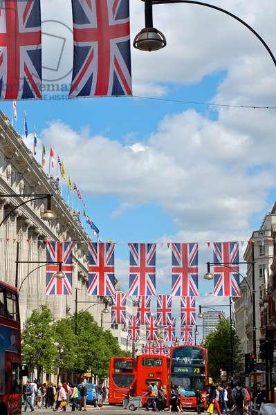 Oxford Street, London, UK (photo)