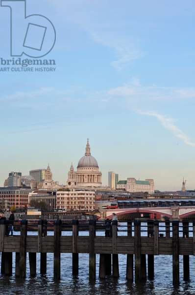 St. Paul's Cathedral, London, UK (photo)