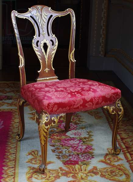 A Harlequin George II Dining Chair, 1757 (mahogany and parcel-gilt)