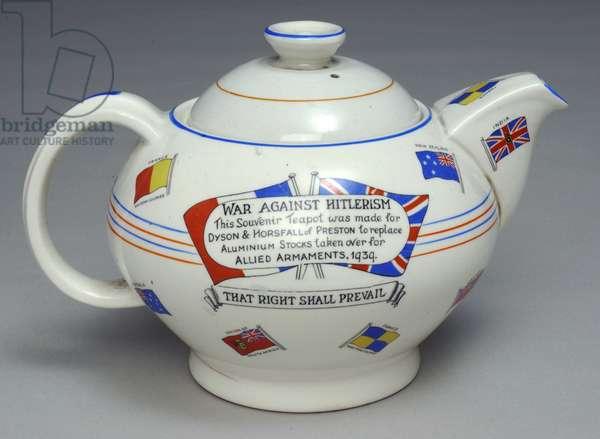 Commemorative teapot by Crown Ducal, 1939 (earthenware)