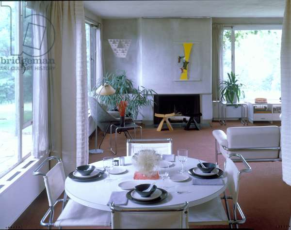 Dining Room Table, Gropius House in Lincoln, Massachusetts, built in 1938 (photo)