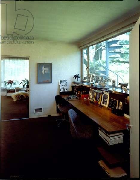 Study of Ise and Walter Gropius, Gropius House in Lincoln, Massachusetts, built in 1938 (photo)