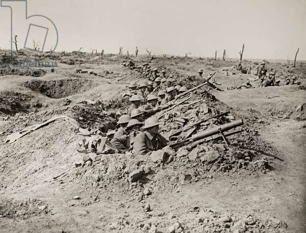 Waiting to attack on the 25th, Western Front, 1914-18 (b/w photo)