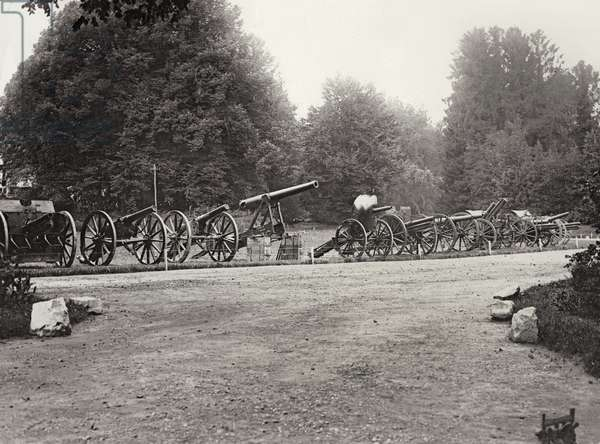 Captured German guns taken since 14th July 1916, 1916-18 (b/w photo)
