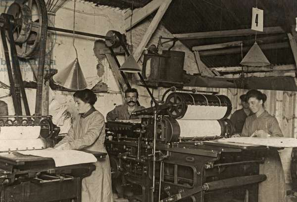 Members of the Women's Army Auxiliary Corps working in a print shop, Western Front, 1914-18 (b/w photo)