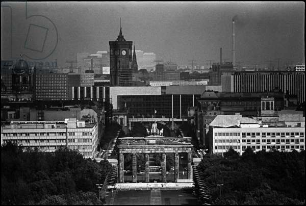 View of the Brandenburg Gate with the Berlin Wall, 1985 (b/w photo)