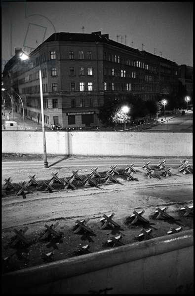 Barricades at the Berlin Wall, near Bernauer Strasse, 1981 (b/w photo)