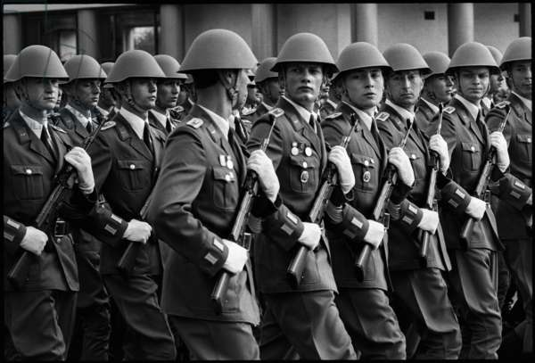 Military Parade of the National People's Army to celebrate the 32nd anniversary of the founding of East Germany, 1981 (b/w photo)
