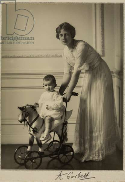 Princess Arthur of Connaught with her son, c.1910 (b/w photo)