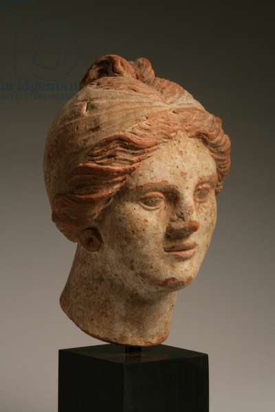 Head of a woman, Hellenistic period, 3rd-1st century BC (polychrome terracotta) (see also 270386)