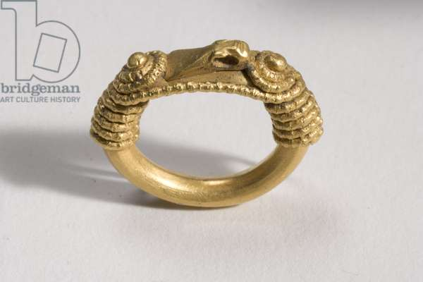 Ring, c.10th century AD (gold)