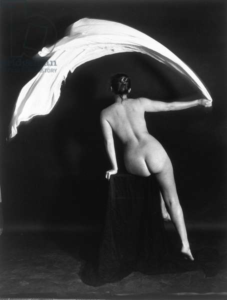 Swish, from the series 'I Nudi', 1976, printed 1980 (gelatin silver photograph, toned)