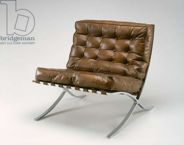 'Barcelona' Model MR 90 Chair, 1929 (bent, chromed flat steel and leather)