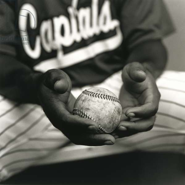 Ball in Hands, Springfield, Illinois, 2000 (gelatin silver print)