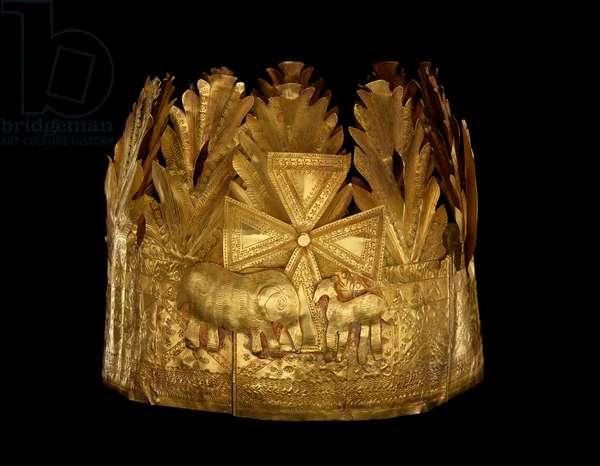 Crown, Ghana / Togo, c.1900-50 (sheet gold)