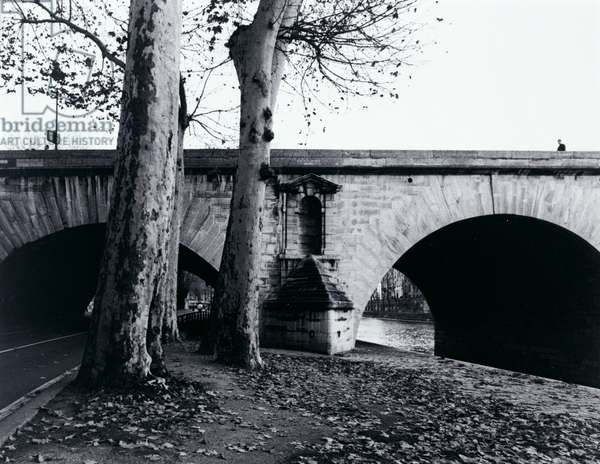 Pont Marie, 1998 (gelatin silver print)