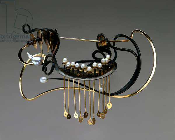 Brooch, 1969 (14k gold, sterling silver, freshwater, baroque pearls)