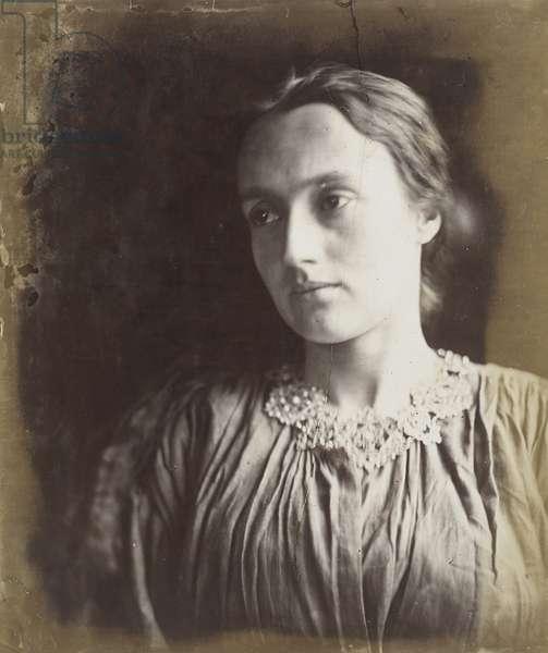 Annie Chinery Cameron, 1870-72 (albumen silver print)