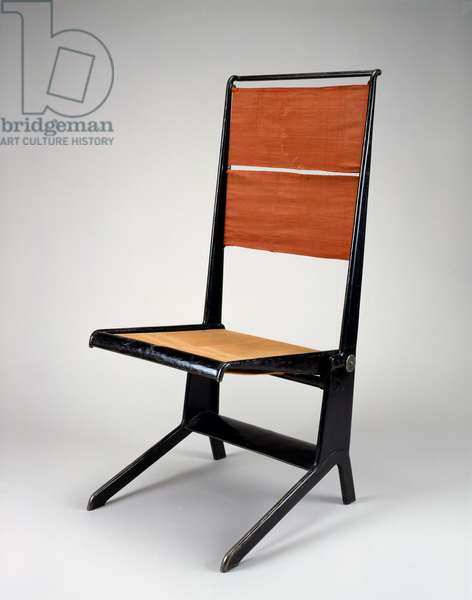 Folding Chair, designed 1924-28, made by Les Ateliers in 1929 (hollow tubular steel and linen canvas)