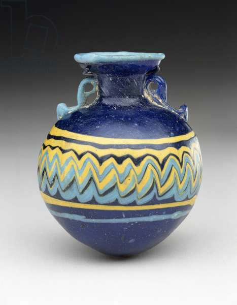 Core-formed Amphoriskos, 525-400 BC (core-formed glass with two trailed handles of contrasting blue glass)