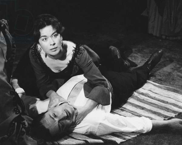 """The comedians Aurora Bautista and E. Diosdado in a scene from the play """""""" Yerma """""""" by the Spanish poet and playwright Federico Garcia Lorca (1898-1936). Teatro Eslava in Madrid. 1960 Fundacion Federico Garcia Lorca. Madrid"""