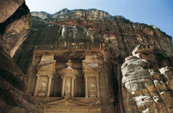 The Tresor of Petra, Jordan. Photograph.