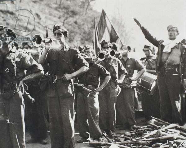 Soldiers of the army of Franco, 1936-1939 (b/w photo)