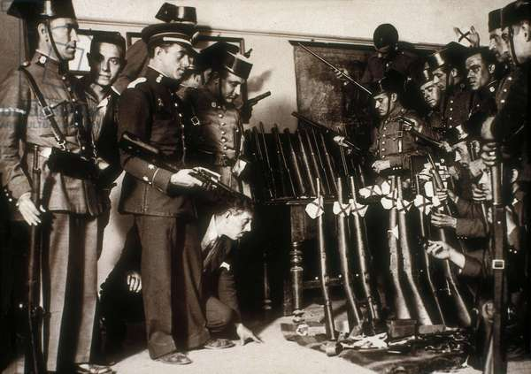 Spain, Second Republic (1931-1936) and Spanish Civil War (1936-1939): The Civil Guard discovering the arsenal of a revolutionary group. Photography