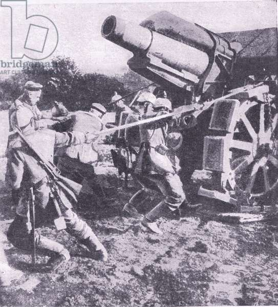 Germans hauling one of their great siege guns into position on the banks of Aisne, from History of the Great War Vol 3 published by Waverley Book Co Limited, c.1920 (b/w photo)