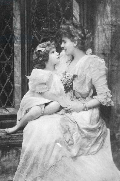 Alice Keppel with her daughter Violet Trefusius, 1905 (b/w photo)