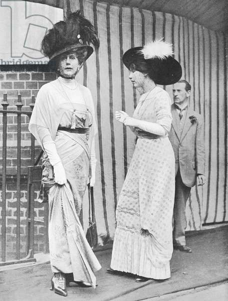 Alice Keppel and her daughter Violet Trefusius, 1912 (b/w photo)