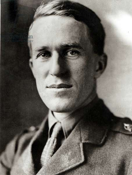 Portrait of T. E. Lawrence (b/w photo)