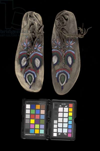 Moccasins, late 1800s (leather & glass beads)