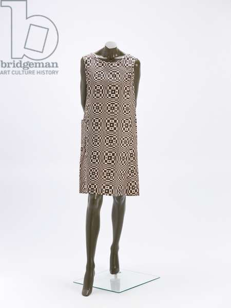 """Paper dress """"Paper-Caper"""", attributed to Scott, 1966 (paper (wood pulp, rayon mesh; patented as Dura weave) screen printed)"""