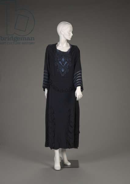Dress and belt, late 1920s (silk polyester)