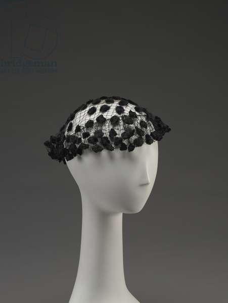 Hat (photo)