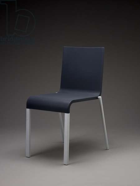 .03 Side Chair (polyurethane, steel, and aluminum)