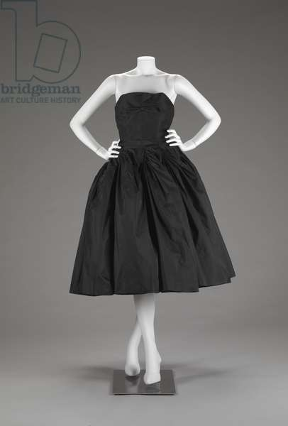 Two Piece Evening Dress (Bodice And Skirt) (photo)