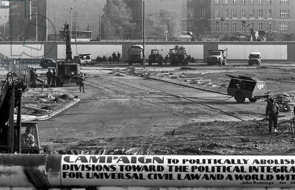 Reunification of Germany, Fall of the Berlin Wall, Germany, 1989: No man's land in East Berlin. Photography