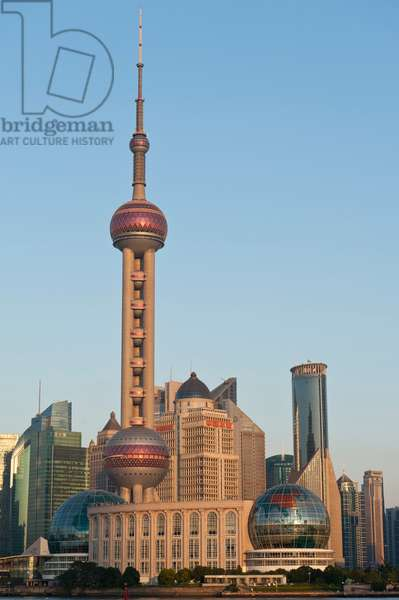 Skyline with skyscrapers; Oriental Pearl Tower television tower; Puong; Shanghai; China; Asia