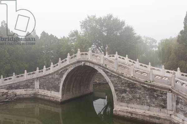 Fog; arch bridge; Chinese garden art; New Summer Palace; Beijing; China; Asia