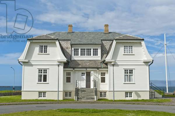 Guest house where the summit conference between Ronald Reagan; USA; and Mikhail Gorbachev; Soviet Union; took place in 1986; Reykjavik Summit; Hoefdi; Reykjavik; Iceland; Europe