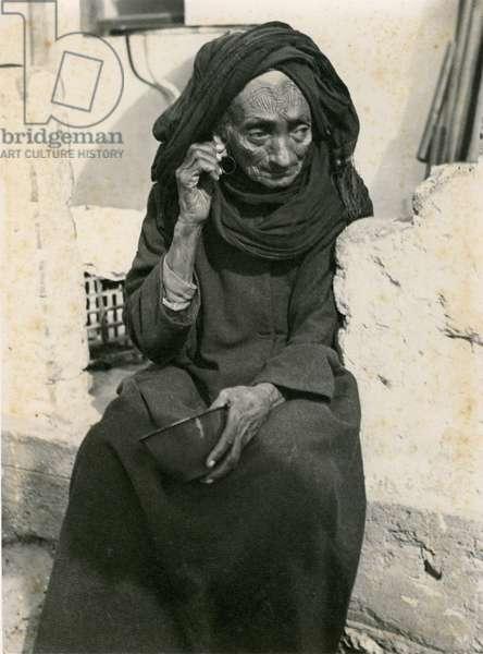 Elderly Yemenite Woman, c.1937 (b/w photo)