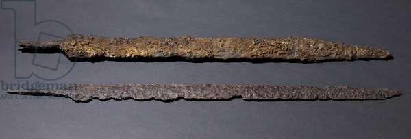 Two swords (iron)