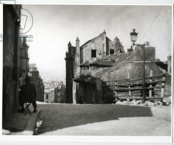 Mimi Pinson's House, Montmartre, Paris, 1926 (silver gelatin print)