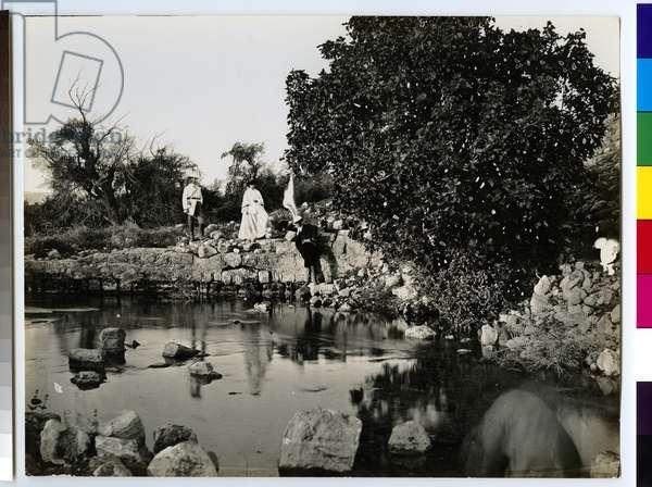 Travellers at Elisha's Fountain, 1850s (gelatin silver print)